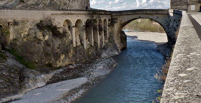 Vaison la romaine dans la drome provençale