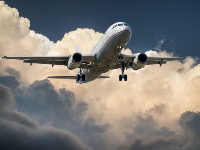 avion voyage a etranger